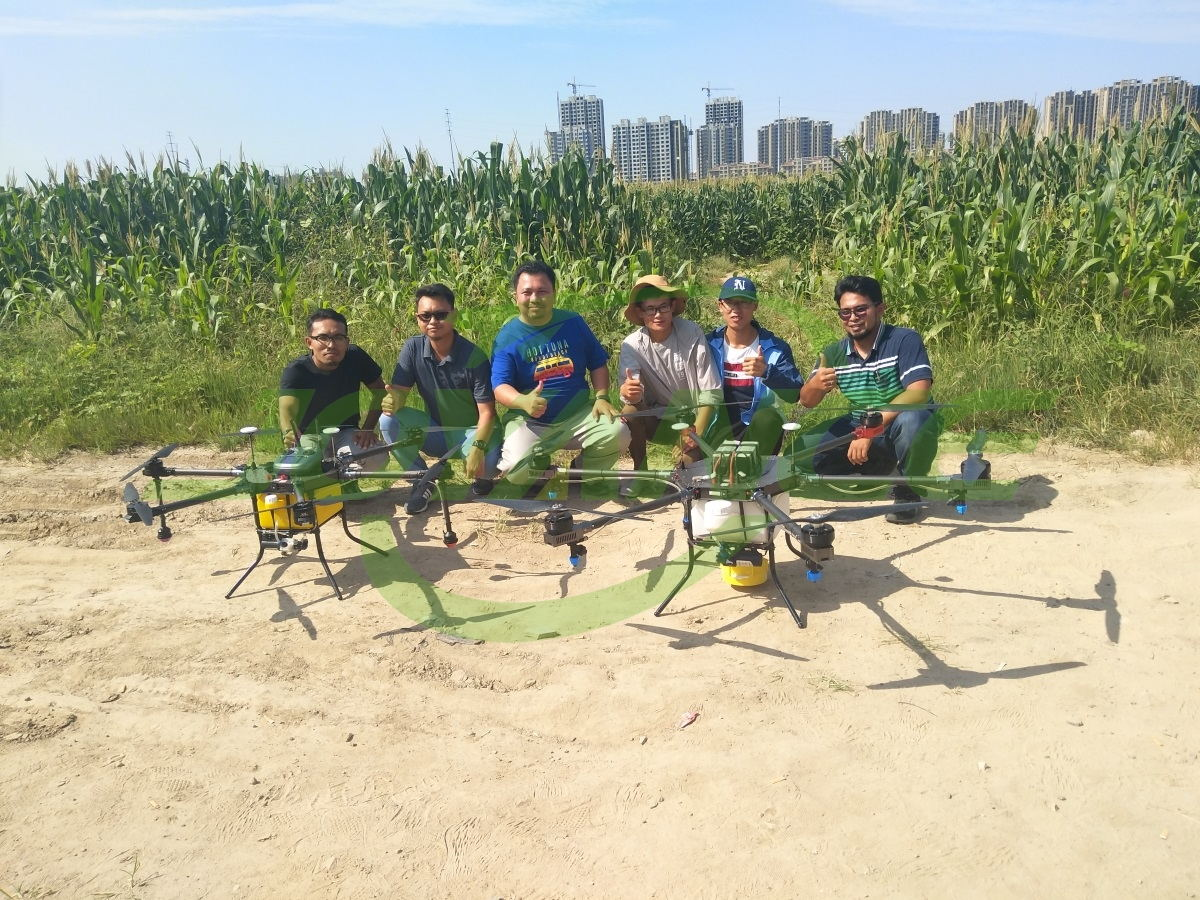 Malaysian customers visit Joyance and book spraying drones