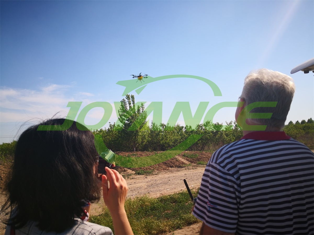 European customer visit Joyance Tech and inspect drone spraying