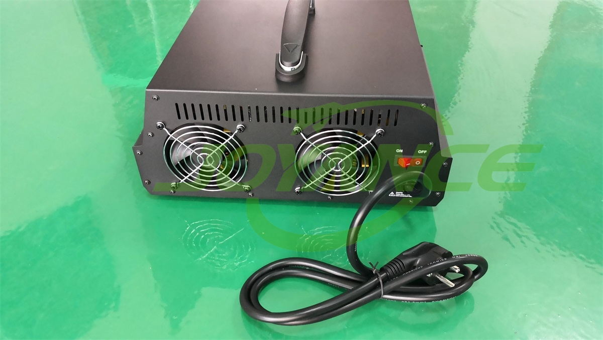 4-way high power batteries charger